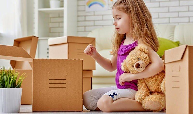 Как помочь ребенку пережить смену жительства без истерик?